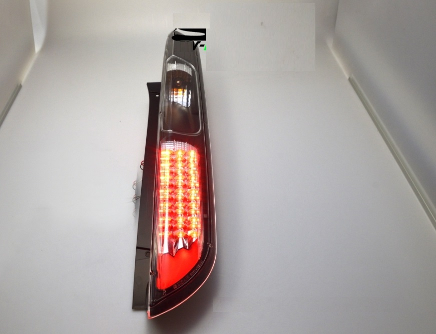 pilotos traseros con LED Ford Focus 08-10 negros
